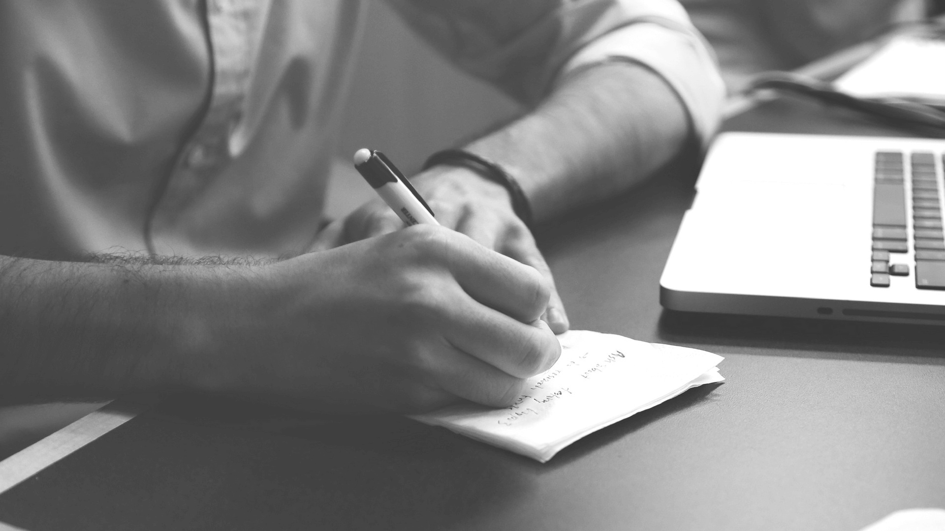3 Points to Consider While Choosing a Writing Agency